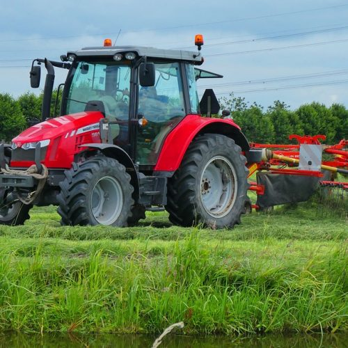 tractor-3492533_960_720
